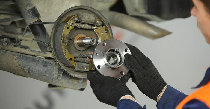 Ako dlho trvá výmena: Lozisko kolesa na aute Fiat Punto 188 2007 – informačný PDF návod
