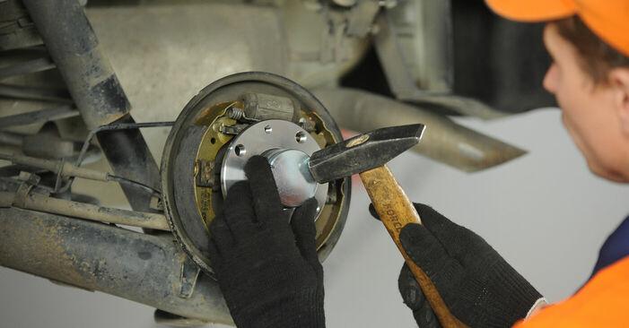 Remplacer Roulement De Roues sur Fiat Punto 188 2009 1.2 60 par vous-même