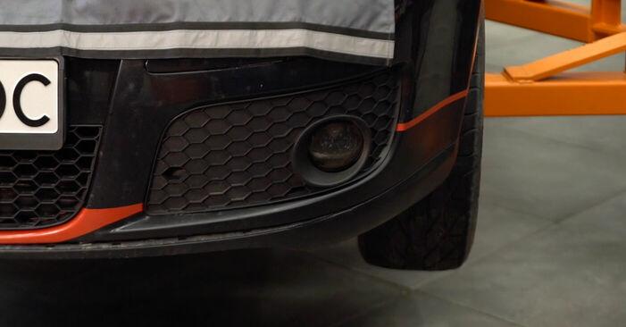 Så byter du VW Golf V Hatchback (1K1) 1.9 TDI 2004 Länkarm – manualer och videoguider att följa steg för steg