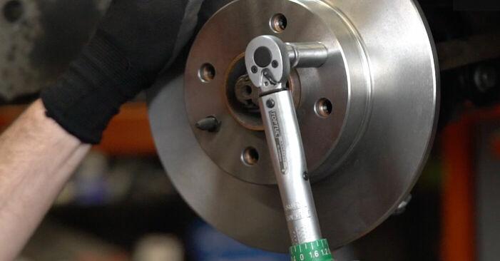 Sostituire Dischi Freno su FIAT PUNTO (188) 1.3 JTD 16V 1999 non è più un problema con il nostro tutorial passo-passo