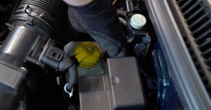 Wie Bremsscheiben Golf 4 1.4 16V 1997 tauschen - Kostenlose PDF- und Videoanleitungen
