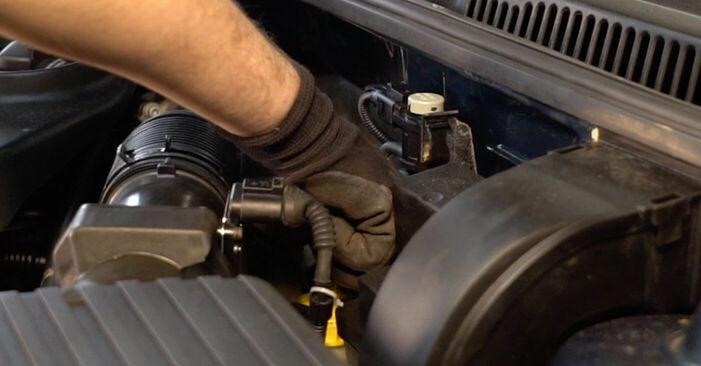 Tausch Tutorial Bremsscheiben am VW GOLF IV (1J1) 2000 wechselt - Tipps und Tricks