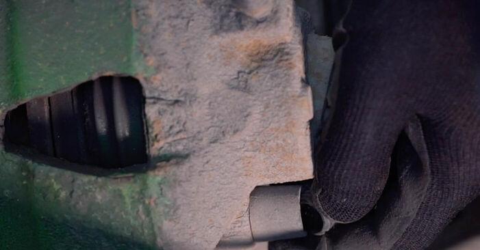 Wie schwer ist es, selbst zu reparieren: Bremsscheiben Golf 4 1.4 16V 2003 Tausch - Downloaden Sie sich illustrierte Anleitungen