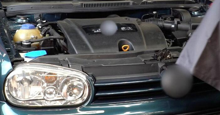 Zündkerzen am VW GOLF IV (1J1) 2.0 2002 wechseln – Laden Sie sich PDF-Handbücher und Videoanleitungen herunter