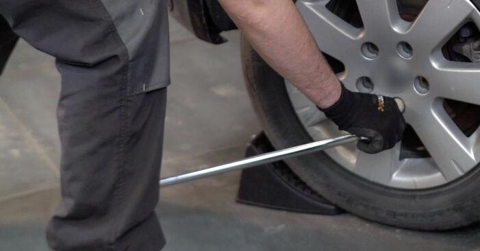 Wie Radlager VW Golf V Schrägheck (1K1) 1.6 2004 austauschen - Schrittweise Handbücher und Videoanleitungen