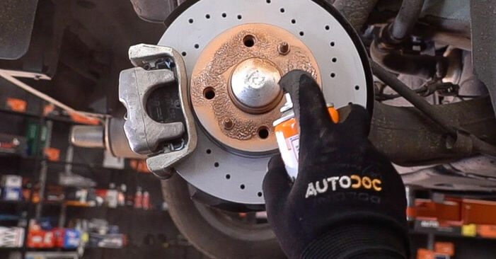 Bremsbeläge Fiat 500 312 1.4 2011 wechseln: Kostenlose Reparaturhandbücher