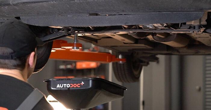 Ölfilter am FIAT 500 (312) Elektrik 2012 wechseln – Laden Sie sich PDF-Handbücher und Videoanleitungen herunter