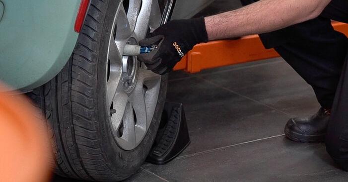 Come cambiare Dischi Freno su FIAT 500 (312) 2019 - suggerimenti e consigli