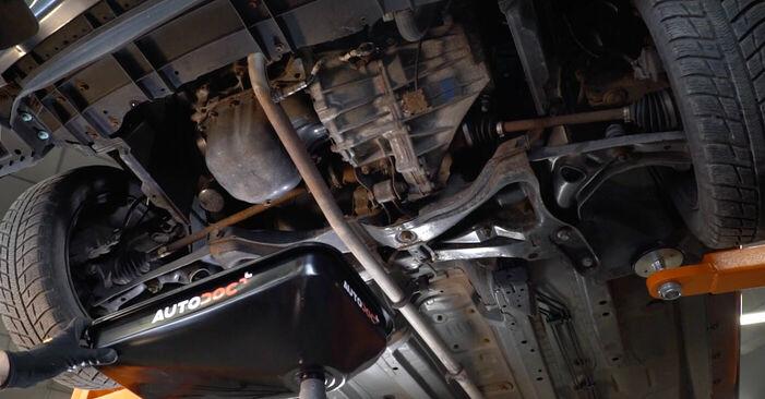 Wechseln Ölfilter am TOYOTA AYGO (WNB1_, KGB1_) 1 2008 selber