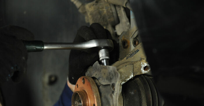 DIY replacement of Wheel Bearing on FIAT PUNTO (188) 1.3 JTD 16V 1999 is not an issue anymore with our step-by-step tutorial