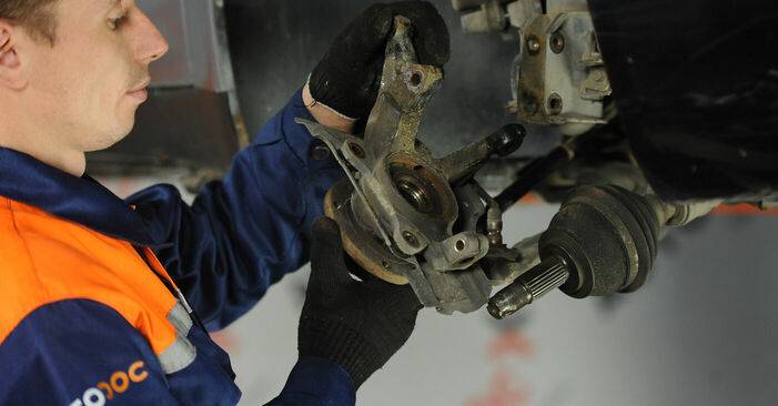 How to change Wheel Bearing on Fiat Punto 188 1999 - free PDF and video manuals