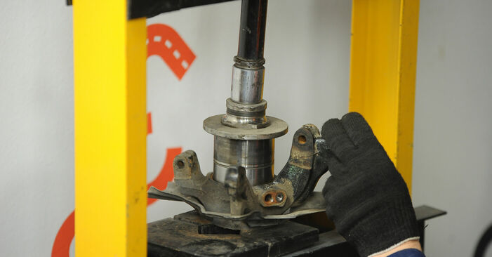 Changing of Wheel Bearing on Fiat Punto 188 2007 won't be an issue if you follow this illustrated step-by-step guide
