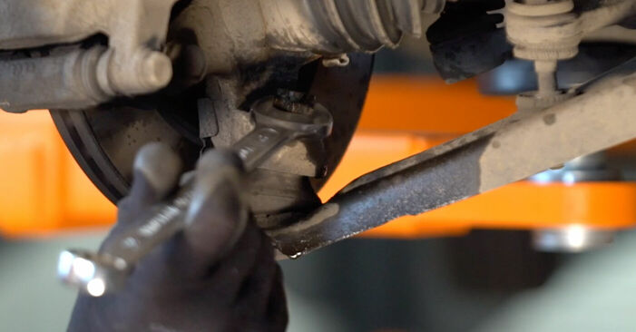 Wie schwer ist es, selbst zu reparieren: Querlenker Toyota Aygo ab1 1 2011 Tausch - Downloaden Sie sich illustrierte Anleitungen