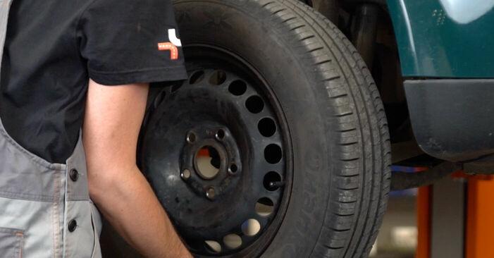 Bremsbeläge am VW PASSAT Variant (3B6) 2.8 4motion 2005 wechseln – Laden Sie sich PDF-Handbücher und Videoanleitungen herunter