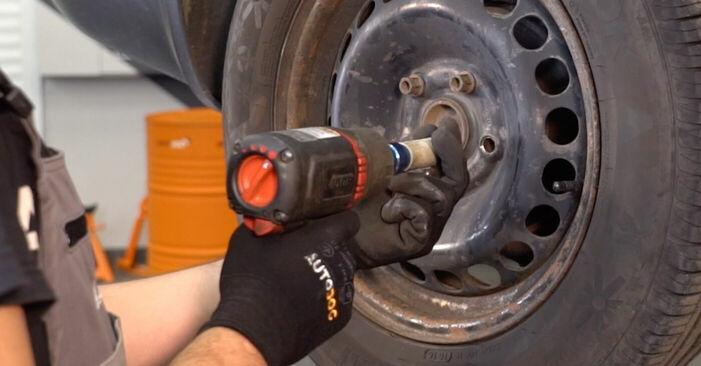 Как да демонтираме VW PASSAT 1.6 2004 Спирачни Накладки - онлайн лесни за следване инструкции