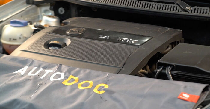 Schimbare Bujie la Polo 9n 2011 1.4 16V de unul singur