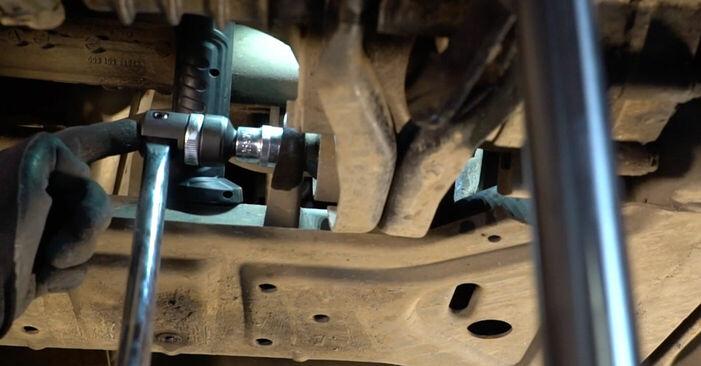 Wie kompliziert ist es, selbst zu reparieren: Motorlager am VW TRANSPORTER IV Bus (70XB, 70XC, 7DB, 7DW) 2.5 TDI 1996 ersetzen – Laden Sie sich illustrierte Wegleitungen herunter