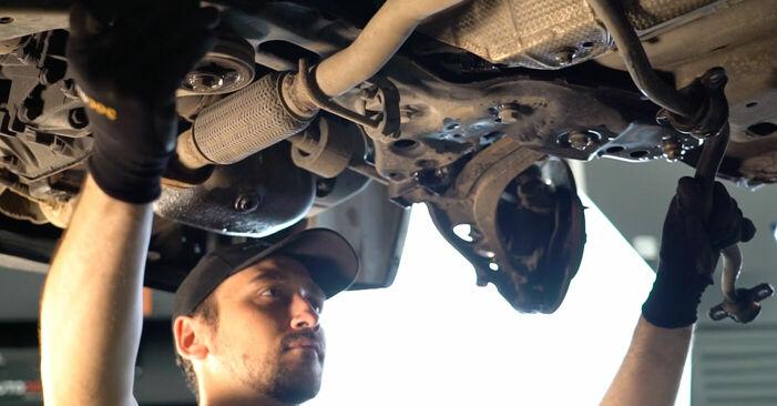 Смяна на FIAT PUNTO 1.9 DS 60 Носач На Кола: онлайн ръководства и видео уроци