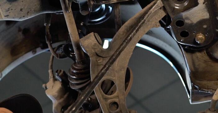 Самостоятелна смяна на FIAT PUNTO (188) 1.3 JTD 16V 1999 Носач На Кола - онлайн урок