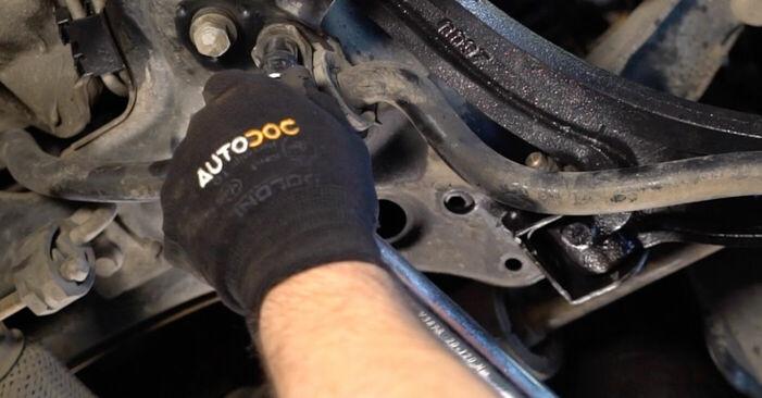 PUNTO (188) 1.9 JTD 2010 Носач На Кола наръчник за самостоятелна смяна от производителя