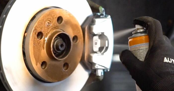Cómo reemplazar Correa Poly V en un VW Golf IV Hatchback (1J1) 1.4 16V 1998 - manuales paso a paso y guías en video