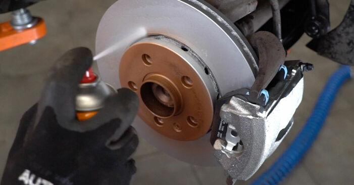 Hoe VW POLO 1.9 TDI 2005 Remblokken verwijderen – online eenvoudige instructies