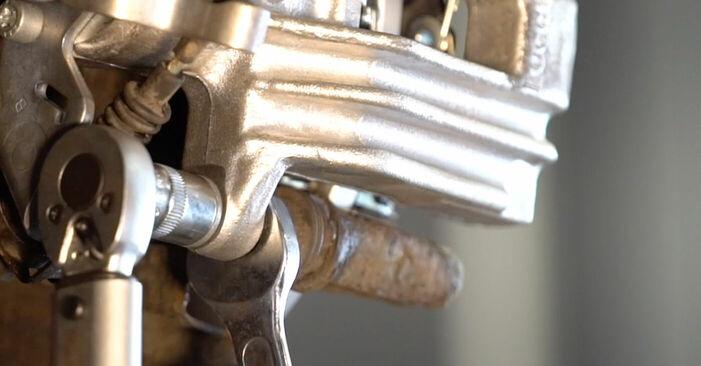 Bremsscheiben beim VW GOLF 1.6 2004 selber erneuern - DIY-Manual