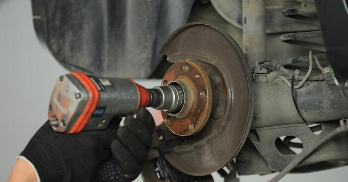 VW POLO 1.4 TDI Radlager austauschen: Tutorials und Video-Anweisungen online