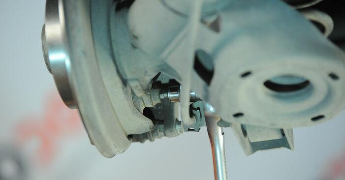 Wie man Radlager beim VW POLO (9N_) 2006 auswechselt – Downloaden Sie sich PDF-Tutorials und Videoanleitungen herunter