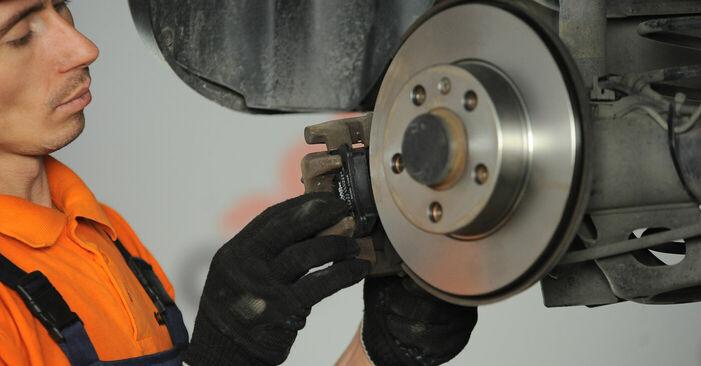 Wie man VW POLO 1.9 TDI 2005 Radlager austauscht - Eingängige Anweisungen online