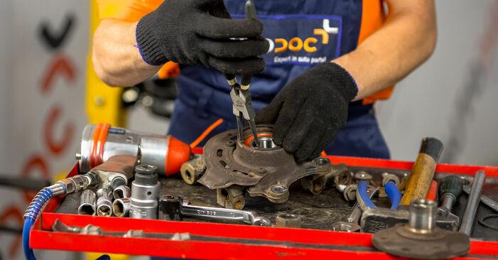 Tausch Tutorial Radlager am OPEL Corsa C Schrägheck (X01) 2002 wechselt - Tipps und Tricks