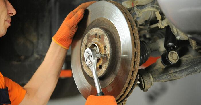 Steg-för-steg-rekommendationer för att byta ML W163 2003 ML 430 4.3 (163.172) Hjullager på egen hand
