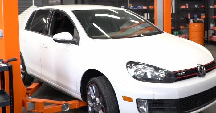 VW GOLF 2008 Bremsscheiben Schritt-für-Schritt-Tutorial zum Teilewechsel
