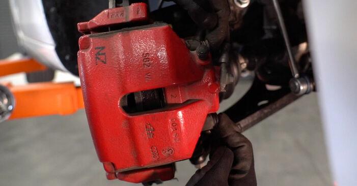 Bremsbeläge Golf 6 1.4 TSI 2005 wechseln: Kostenlose Reparaturhandbücher