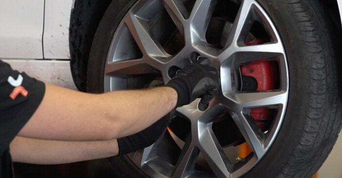 Wie VW GOLF 1.4 2007 Bremsbeläge ausbauen - Einfach zu verstehende Anleitungen online