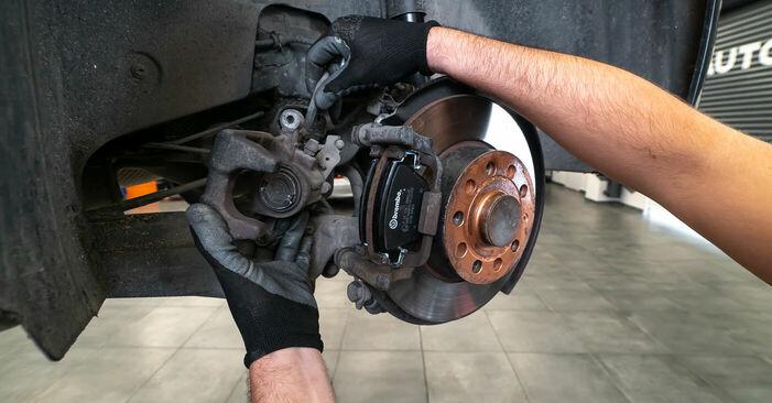 Schritt-für-Schritt-Anleitung zum selbstständigen Wechsel von Touran 1t3 2011 1.2 TSI Bremsbeläge