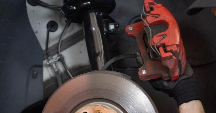 Stufenweiser Leitfaden zum Teilewechsel in Eigenregie von Golf 6 2009 1.4 Radlager