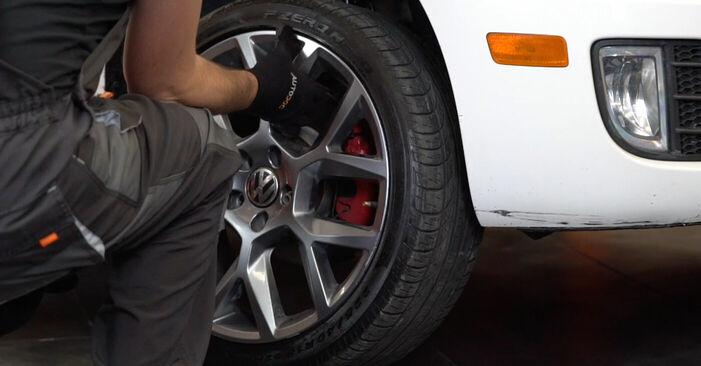 Så tar du bort VW GOLF 1.4 2007 Hjullager – instruktioner som är enkla att följa online