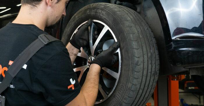 Cómo cambiar Discos de Freno en un VW TOURAN (1T3) 2010 - consejos y trucos