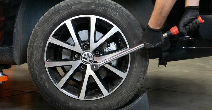 Cambio Discos de Freno en VW TOURAN (1T3) 1.4 TSI 2012 ya no es un problema con nuestro tutorial paso a paso