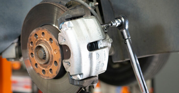 Changing Brake Pads on VW TOURAN (1T3) 1.4 TSI EcoFuel 2013 by yourself