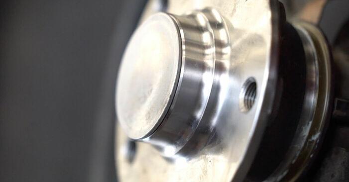Wie man VW GOLF 1.4 2007 Radlager austauscht - Eingängige Anweisungen online