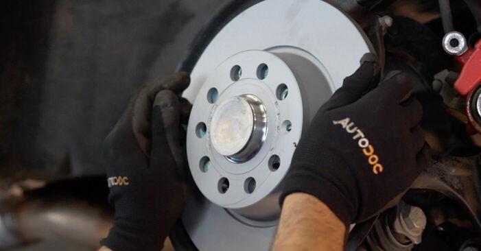 Wie problematisch ist es, selber zu reparieren: Radlager beim Golf 6 1.6 TDI 2009 auswechseln – Downloaden Sie sich bebilderte Tutorials