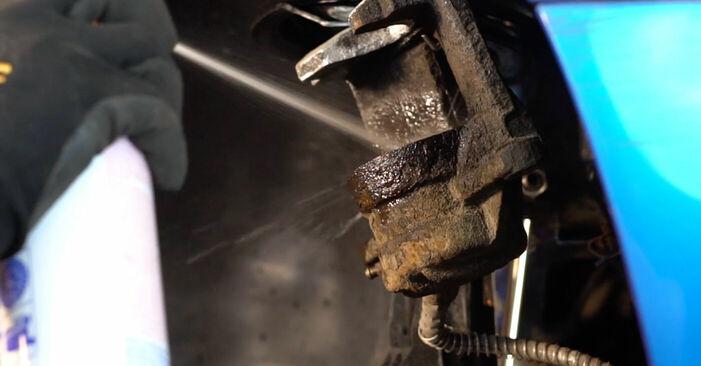 Tausch Tutorial Bremsbeläge am PEUGEOT 206 CC (2D) 2010 wechselt - Tipps und Tricks