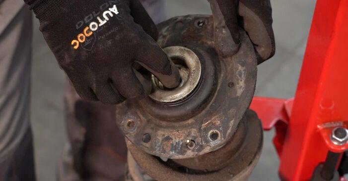 Stoßdämpfer Ihres Peugeot 206 cc 2d 1.6 16V 2008 selbst Wechsel - Gratis Tutorial