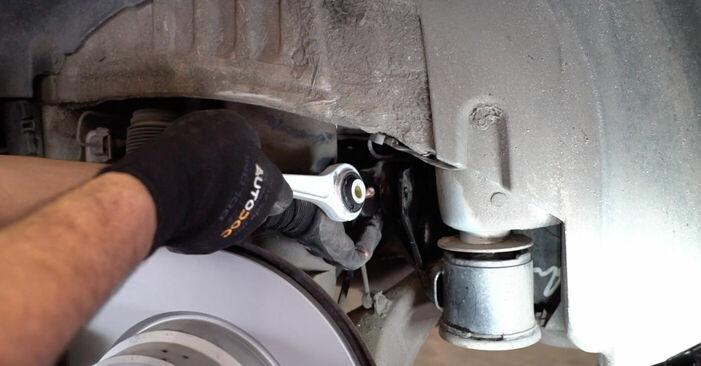 Wahacz w BMW X5 (E53) 4.4 i 2006 samodzielna wymiana - poradnik online
