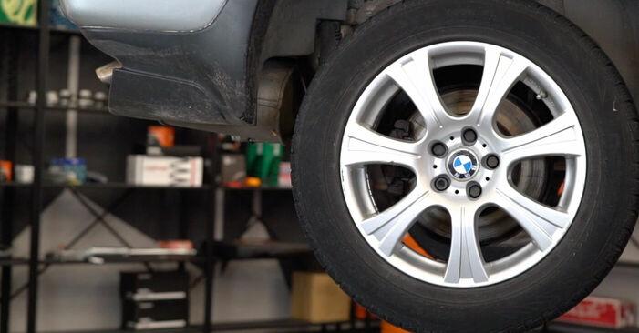 Wymiana BMW E53 3.0 i 2002 Wahacz: darmowe instrukcje warsztatowe