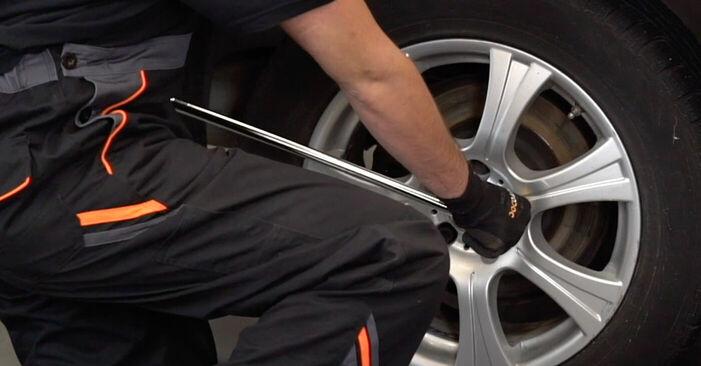 Bremsbeläge am BMW X5 (E53) 3.0 d 2005 wechseln – Laden Sie sich PDF-Handbücher und Videoanleitungen herunter