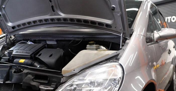 Jak vyměnit Zapalovaci svicka na Mercedes W168 1997 - bezplatné PDF a video návody