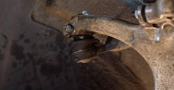 Wie schwer ist es, selbst zu reparieren: Spurstangenkopf Audi A4 B6 Avant 1.8 T quattro 2001 Tausch - Downloaden Sie sich illustrierte Anleitungen